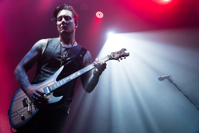 avengedsevenfold_WhiteOak_03_Web_638