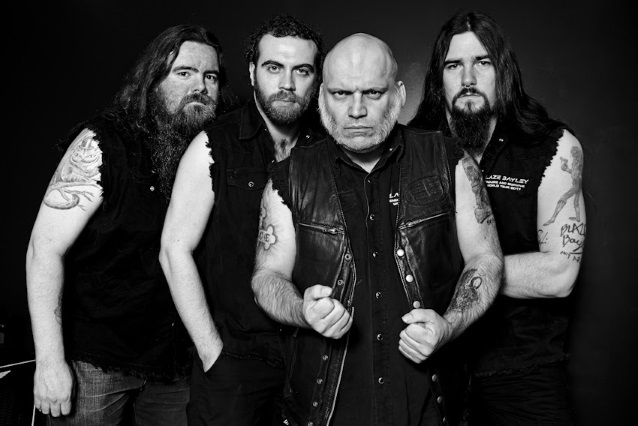 BLAZE BAYLEY - Endure And Survive (3 mars) Blazebayleysolobandnov2017_638