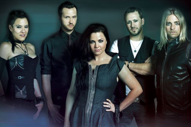 evanescence2016band_638